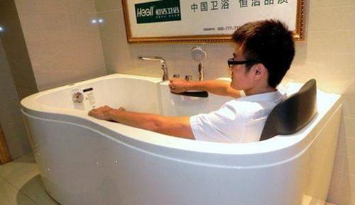 亚克力浴缸什么牌子好 买浴缸注意事项你不得不防